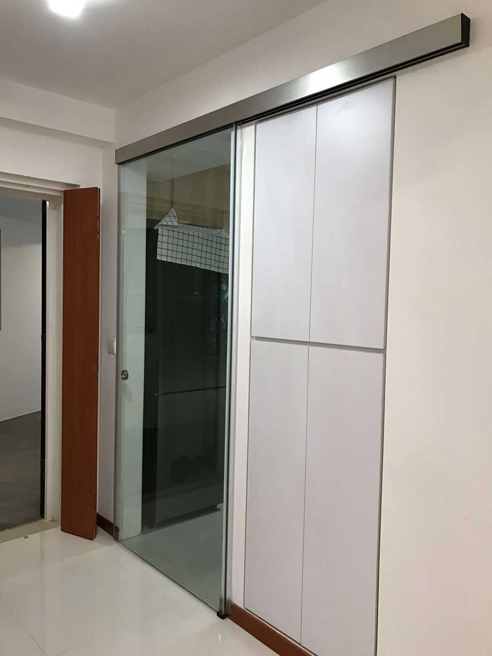 MWO 222 Sliding Door System Soft Closing